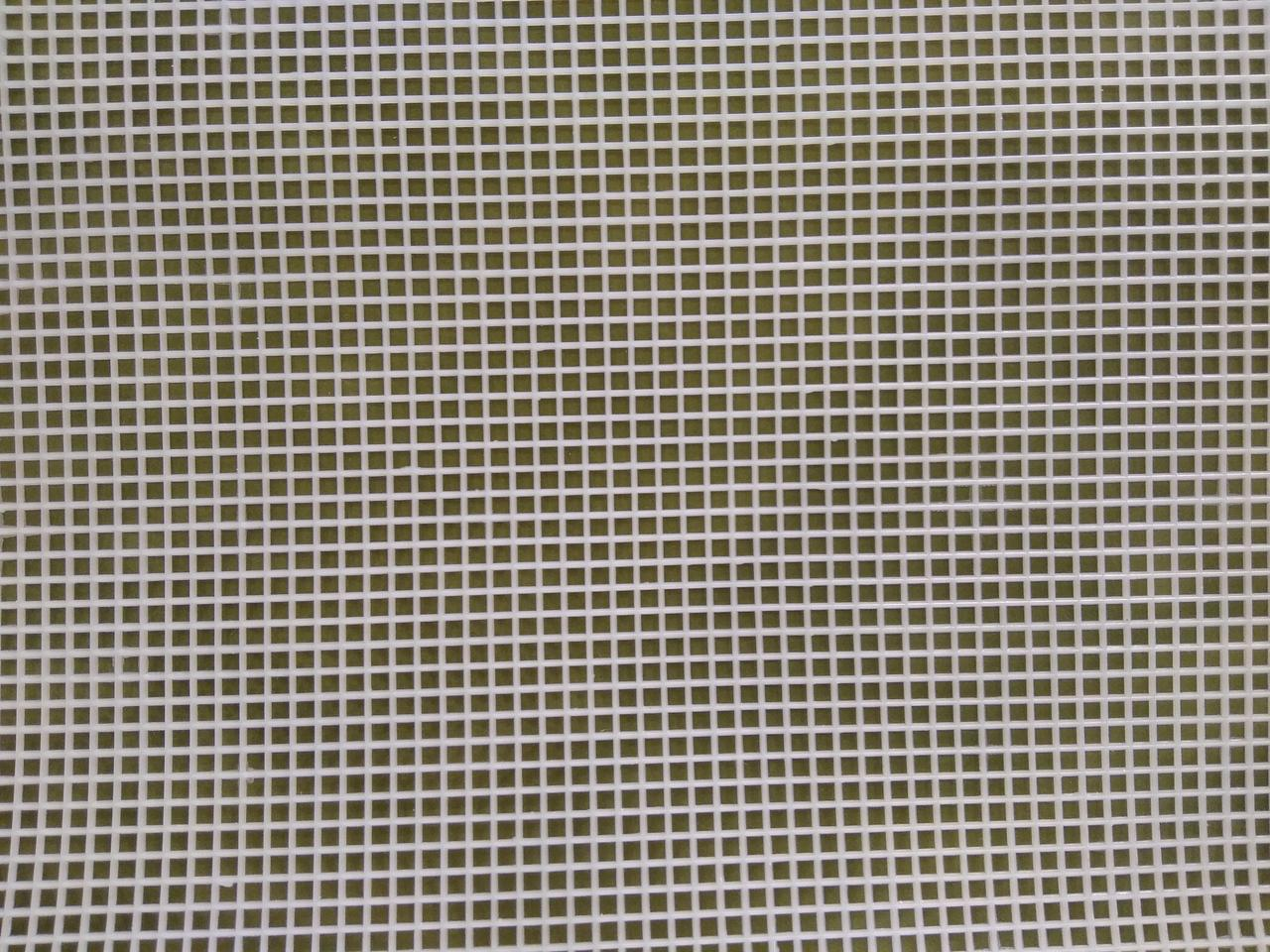 Канва виниловая белая (1,5кл/1см) , 50см х32.5 см