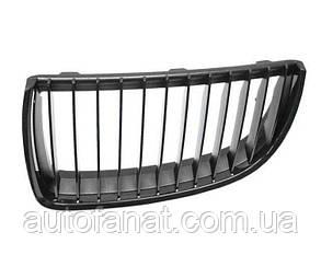 Оригінальна решітка радіатора чорна права M Performance BMW 3 (E90, E91) (51712151896)