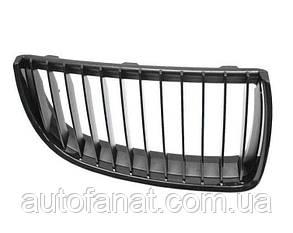 Оригінальна чорна решітка радіатора ліва M Performance BMW 3 (E90, E91) (51712151895)