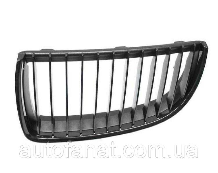 Оригинальная решетка радиатора черная правая M Performance BMW 3 (E90,E92 ,E93) (51712155451)