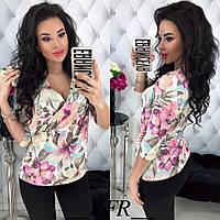 Блузка классическая легкая, принт цветы, верх на запах, рукав три четверти