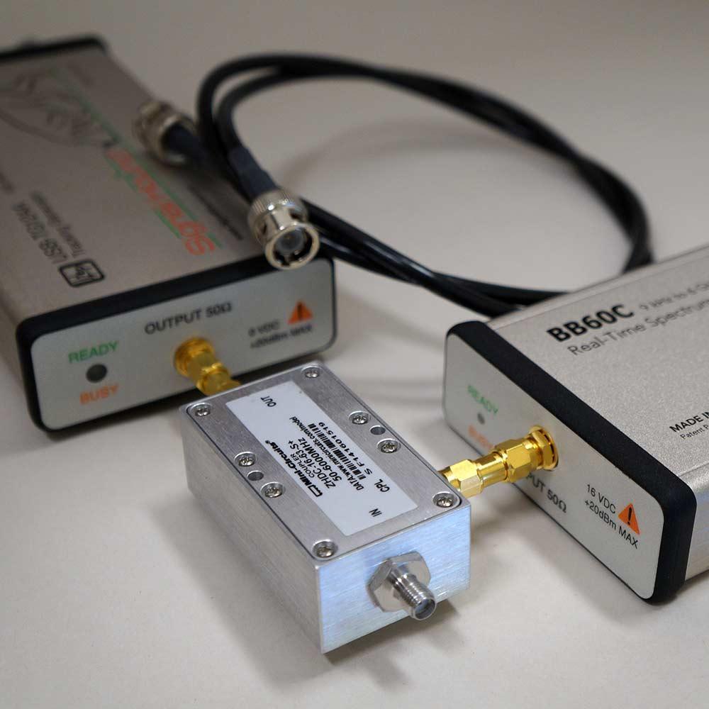 Скалярный сетевой анализатор 6 ГГц с соединителем для RL Signal Hound