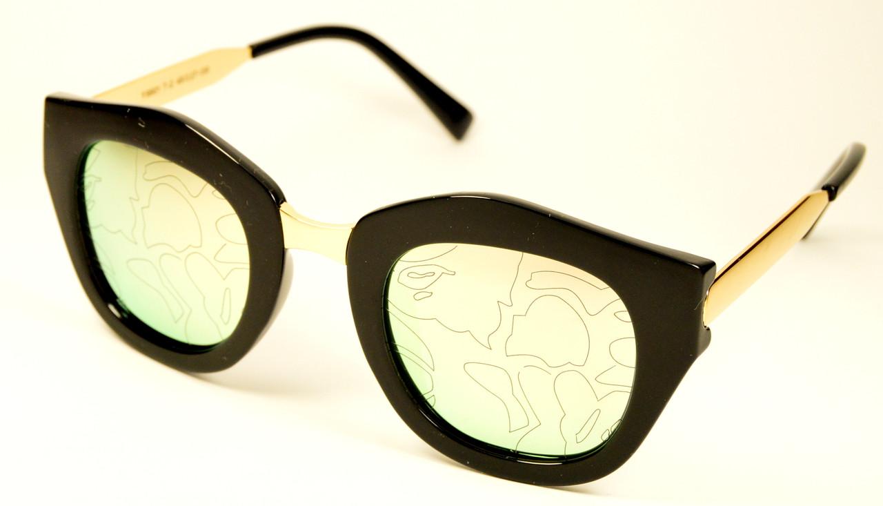 Солнцезащитные очки с 3D рисунком (9901 Т-2)