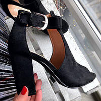 Красивые босоножки на устойчивом каблуке