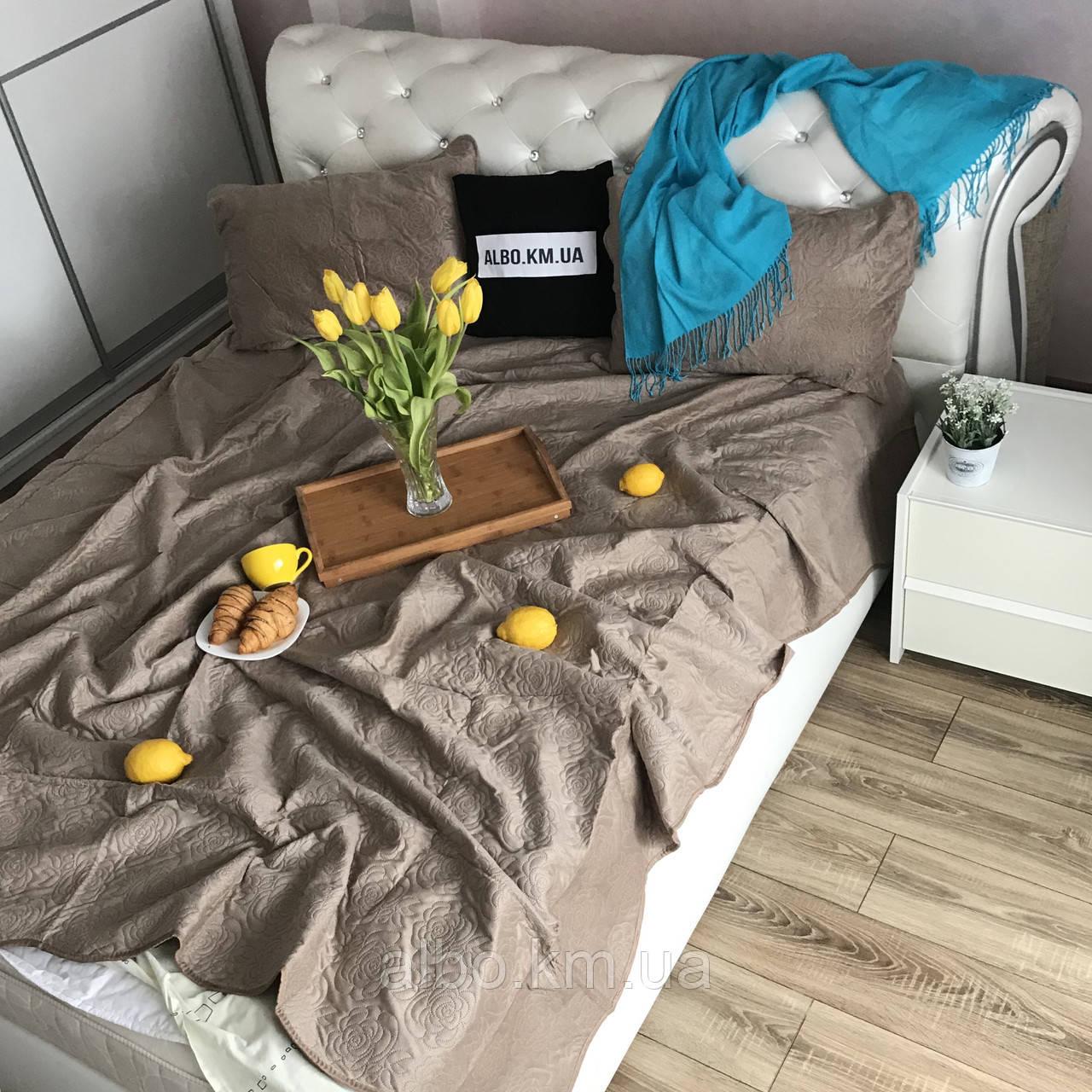 Покрывало велюровое на кровать
