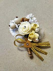Бутоньєрка весільна Rose. Колір золотий.