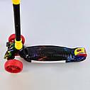 Трехколесный самокат красный четыре колеса с подсветкой платформы и светящимися колесами деткам от 3 лет , фото 2