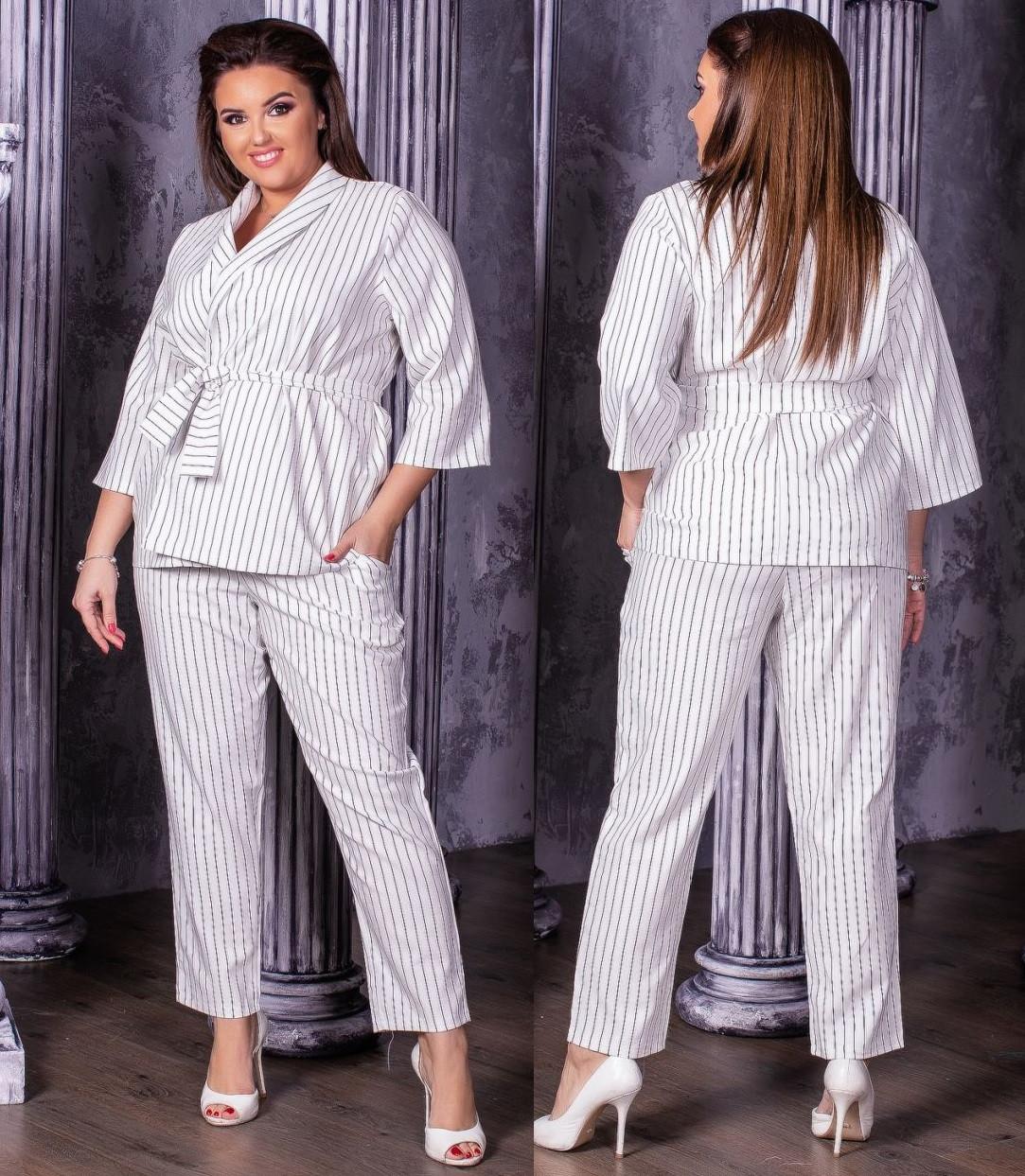 Стильный брючный летний костюм женский из льна: пиджак на запах и укороченные штаны, батал большие размеры