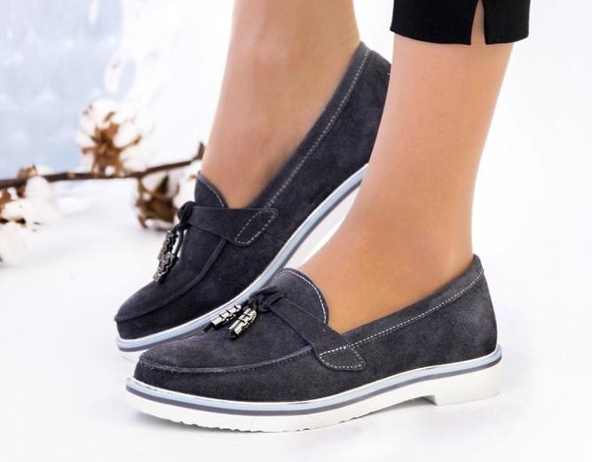 Туфли женские на низком ходу натуральный замш серые