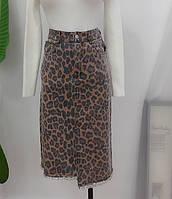 Джинсовая юбка с леопардовым принтом размер S, М
