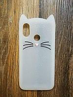 Объемный 3d силиконовый чехол для Xiaomi Mi 8 Усатый кот белый
