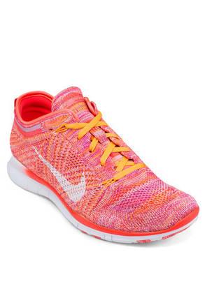 Женские кроссовки Nike Free TR Flyknit коралловые, фото 2