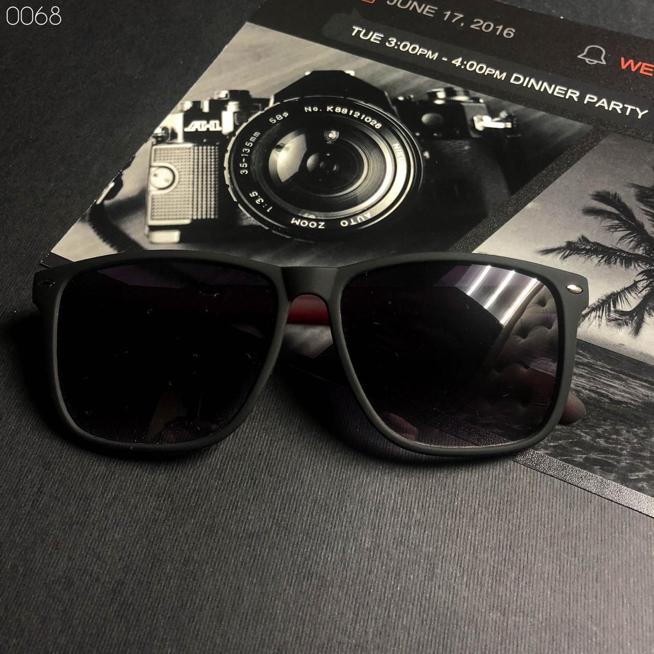 Модные солнцезащитные очки в стиле Ray Ban Wayfarer