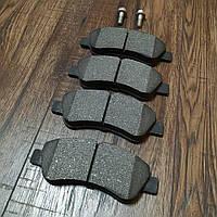 Передние тормозные колодки (комплект)  Peugeot 301  ( 11.2012 - > )