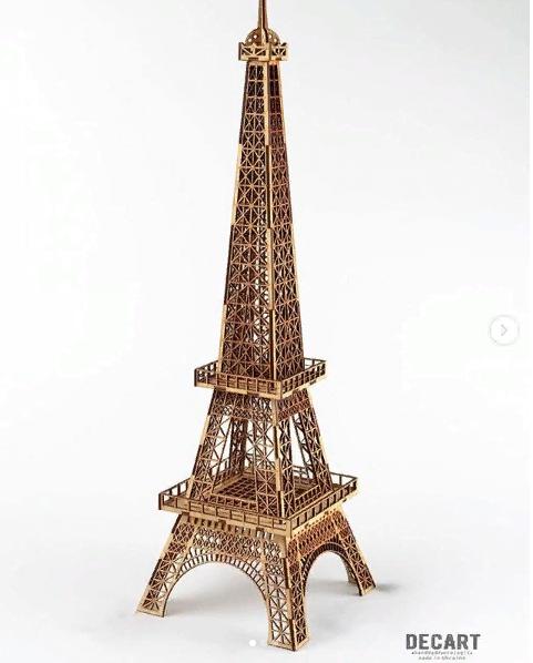 Декоративное панно из дерева Эйфелевая башня