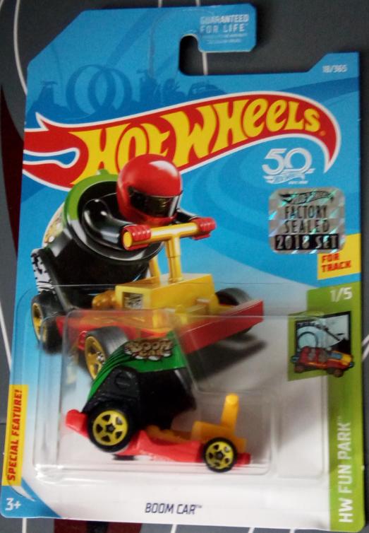 Машинка Hot Wheels 2018 Boom Car