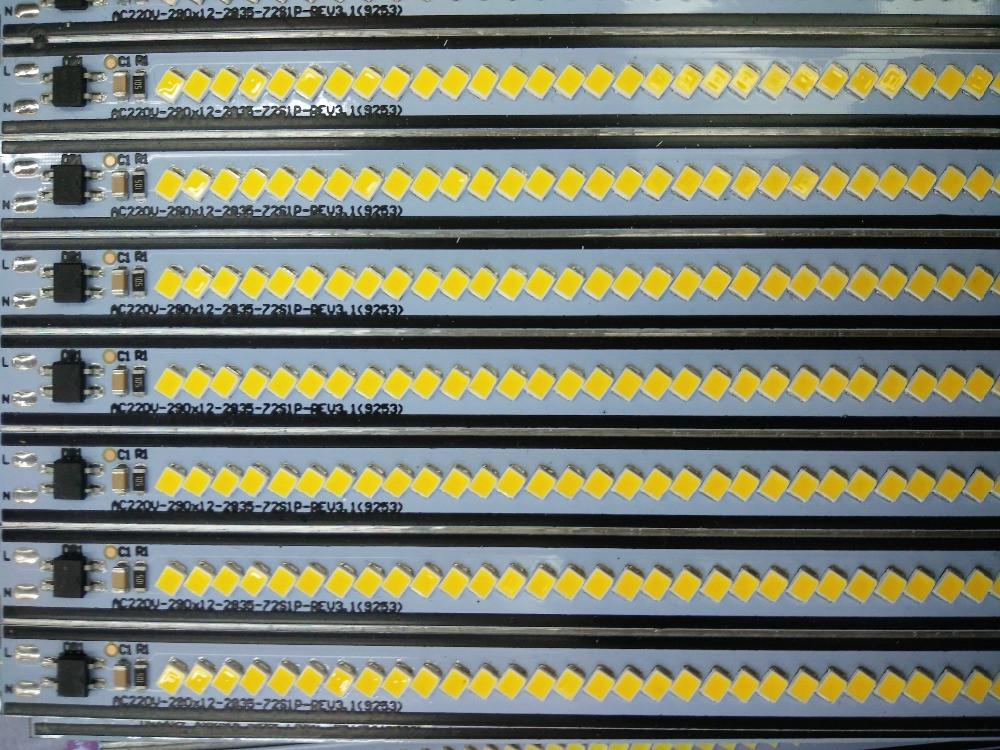 Светодиодная LED линейка SMD 2835 72LED/m 220V IP20 ( 30см )