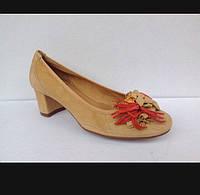 Туфлі жіночі замшеві 37 розмір.Виробництво Іспанії .