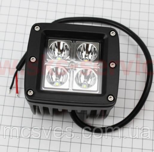 Фара дополнительная светодиодная влагозащитная - 4 LED с креплением, прямоугольная 82*76мм