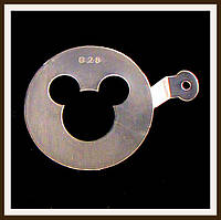Трафарет маленький диаметр 7,4 см Микки Маус