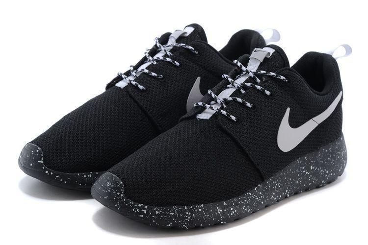 f1023e6a Мужские Кроссовки Nike Roshe Run Oreo Black — в Категории