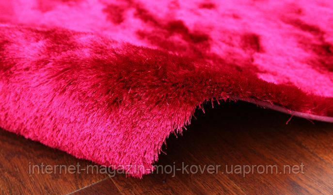 Килим травичка в спальню дівчинки, килими малинового кольору