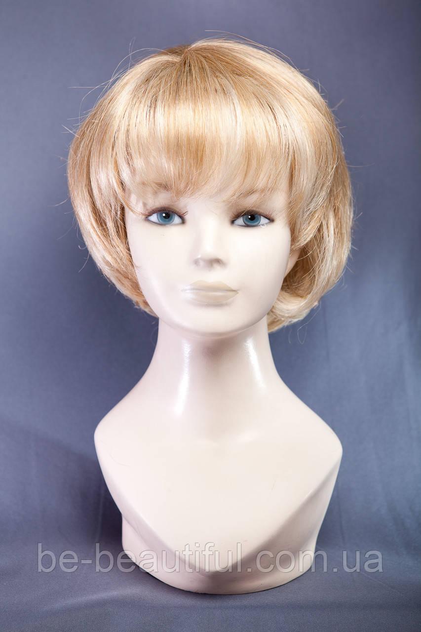 Короткие парики №1,цвет мелирование пшеничный с белым
