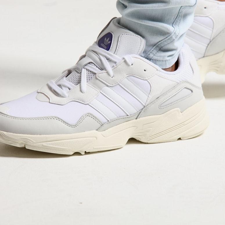 Мужские кроссовки Adidas Yung 96 White (Реплика ААА+)