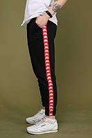 Мужские спортивные штаны чёрные с красным лампасом Карра весенние (реплика)