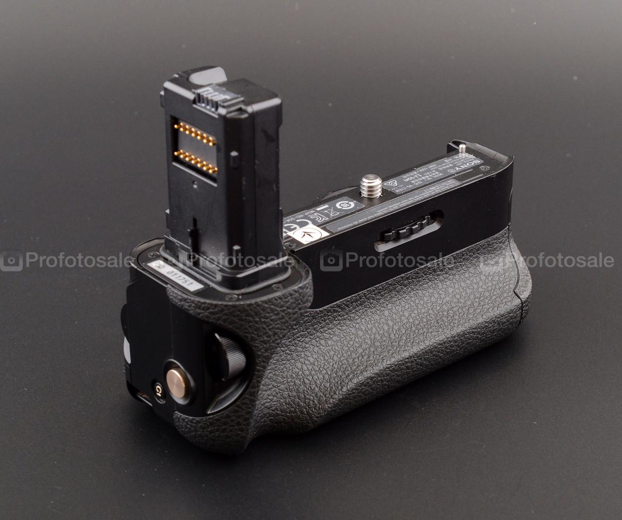 Sony VG-C1EM (батарейный блок для A7, A7R, A7S)