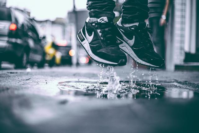 Купить весенние кроссовки для мужчин
