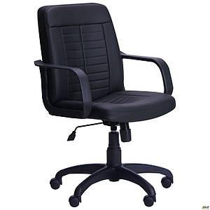 Классическое офисное кресло АМФ Нота пластик черное для персонала