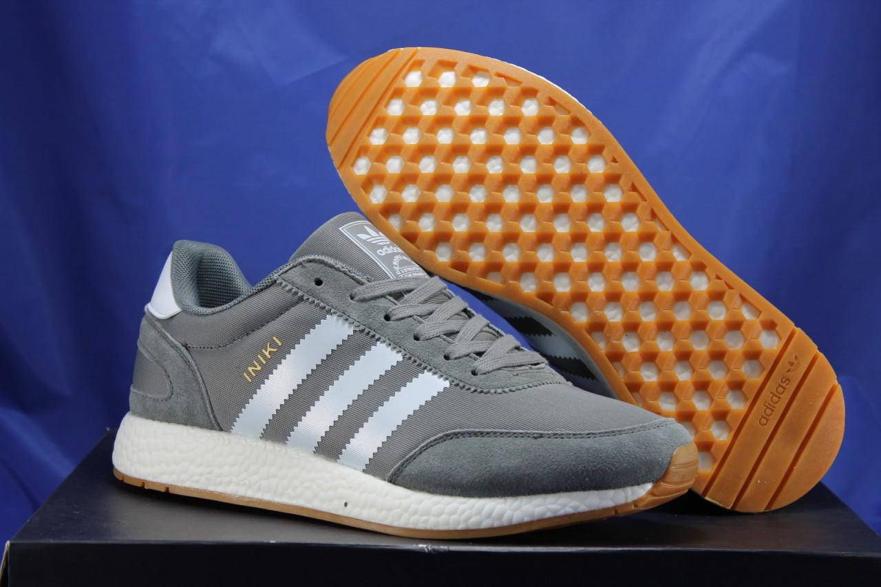 Мужские кроссовки серые в стиле Adidas iniki runner