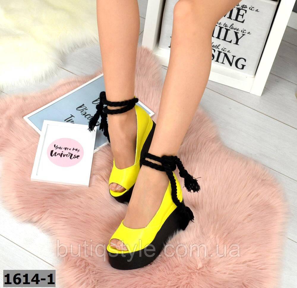 Женские желтые туфли на черной платформе натуральный замш  2019