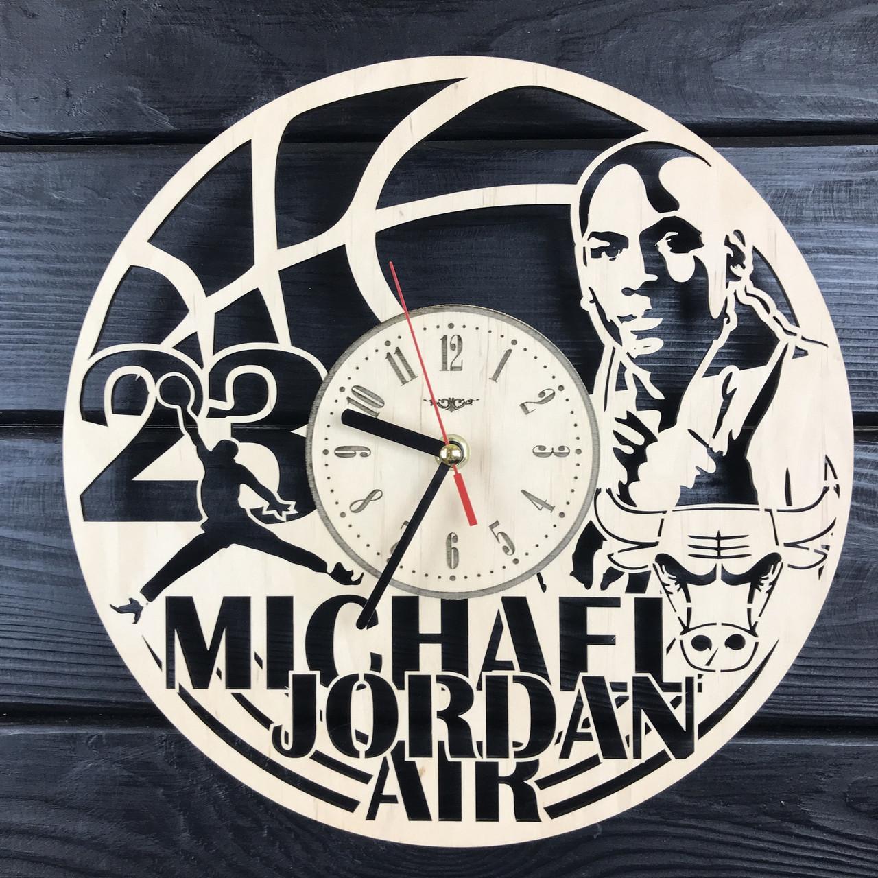 Часы из натурального дерева настенные «Майкл Джордан»