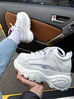 Женские кроссовки на платформе Buffalo London в белом цвете