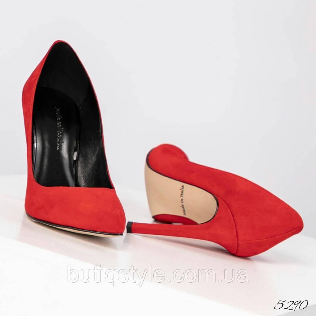 39 размер Стильные женские туфли красные на шпильке натуральный велюр