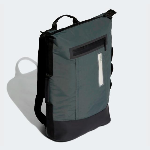 Городской рюкзак ADIDAS NMD SMALL | цвет legend ivy. Вид сбоку.