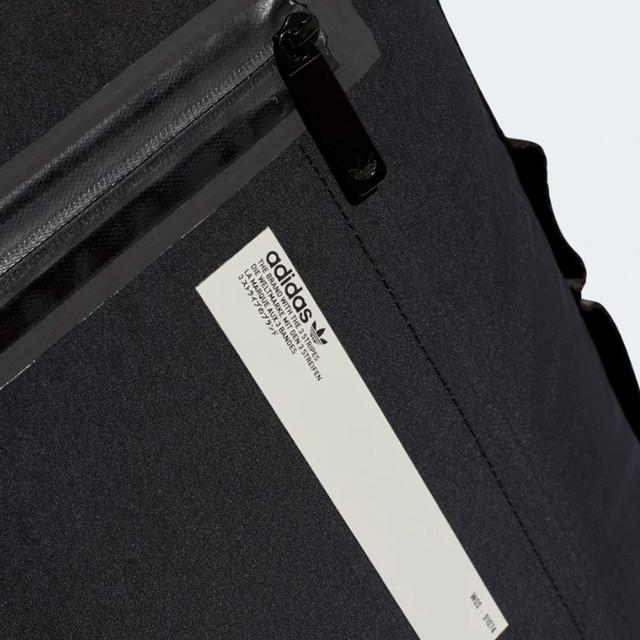 Городской рюкзак ADIDAS NMD SMALL | цвет черный. Фото лицевой части.
