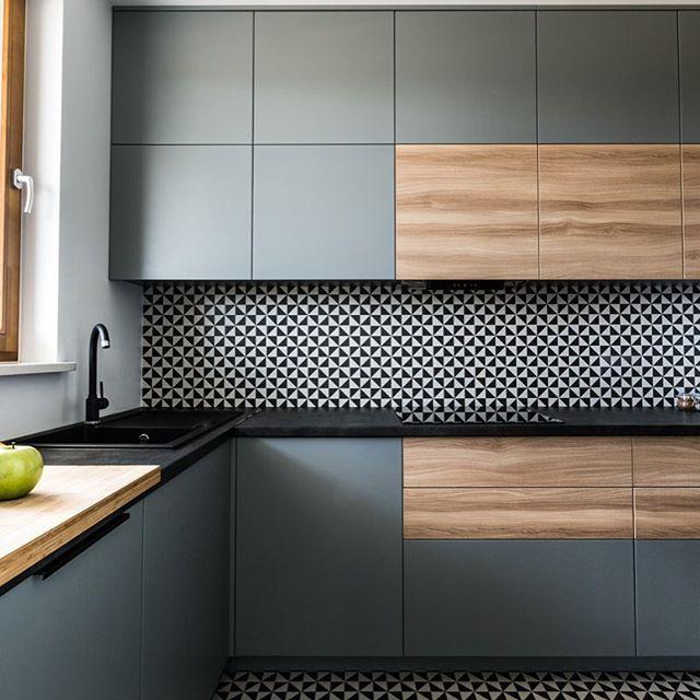 Кухня на заказ фасад дсп Италия + серая матовая покраска Blum furniture
