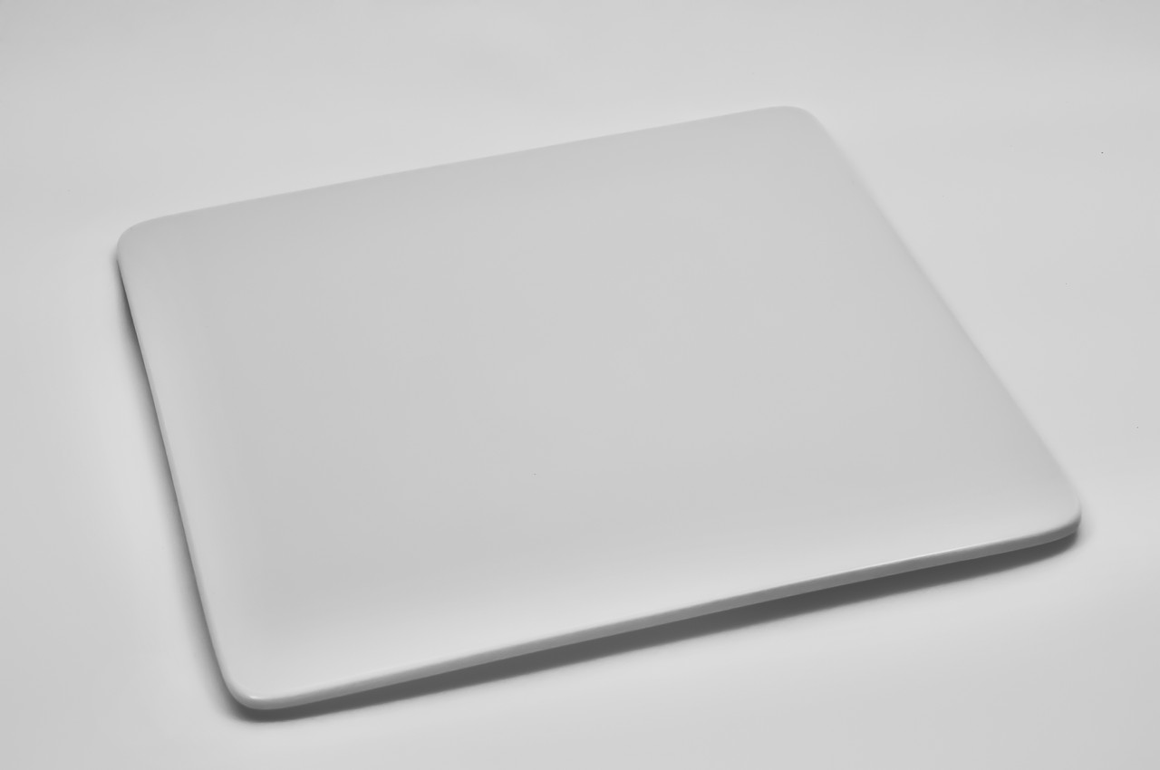 Тарелка плоская квадратная из фарфора