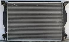 Радиатор Audi A4 3.0 ,3.2 FSI 630*445*32 (плоские соты) с 2000г