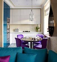 Маленькая кухня глянцевая под потолок