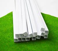 Пластиковый профиль 2 мм. Х 2 мм. Сечение труба квадратная, длина 250 мм. 1 шт.