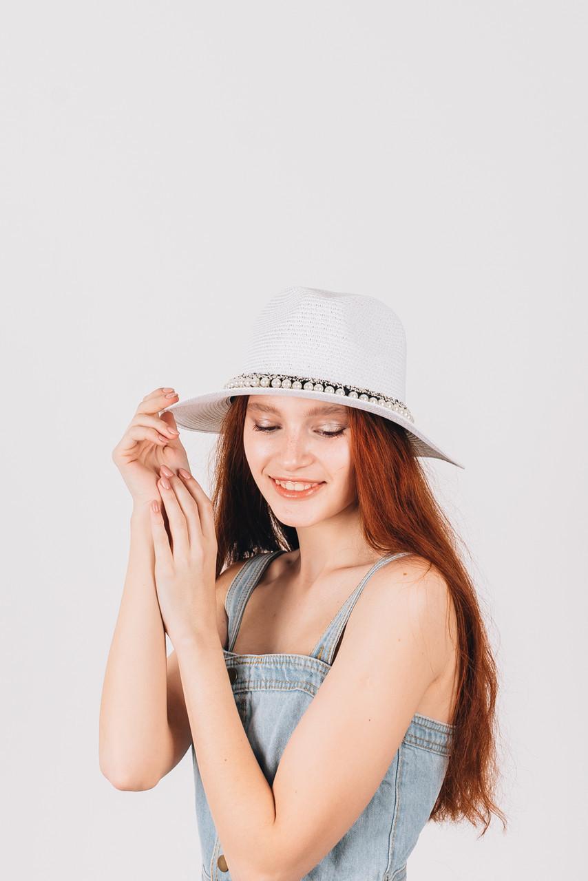Шляпка федора Гелия белая