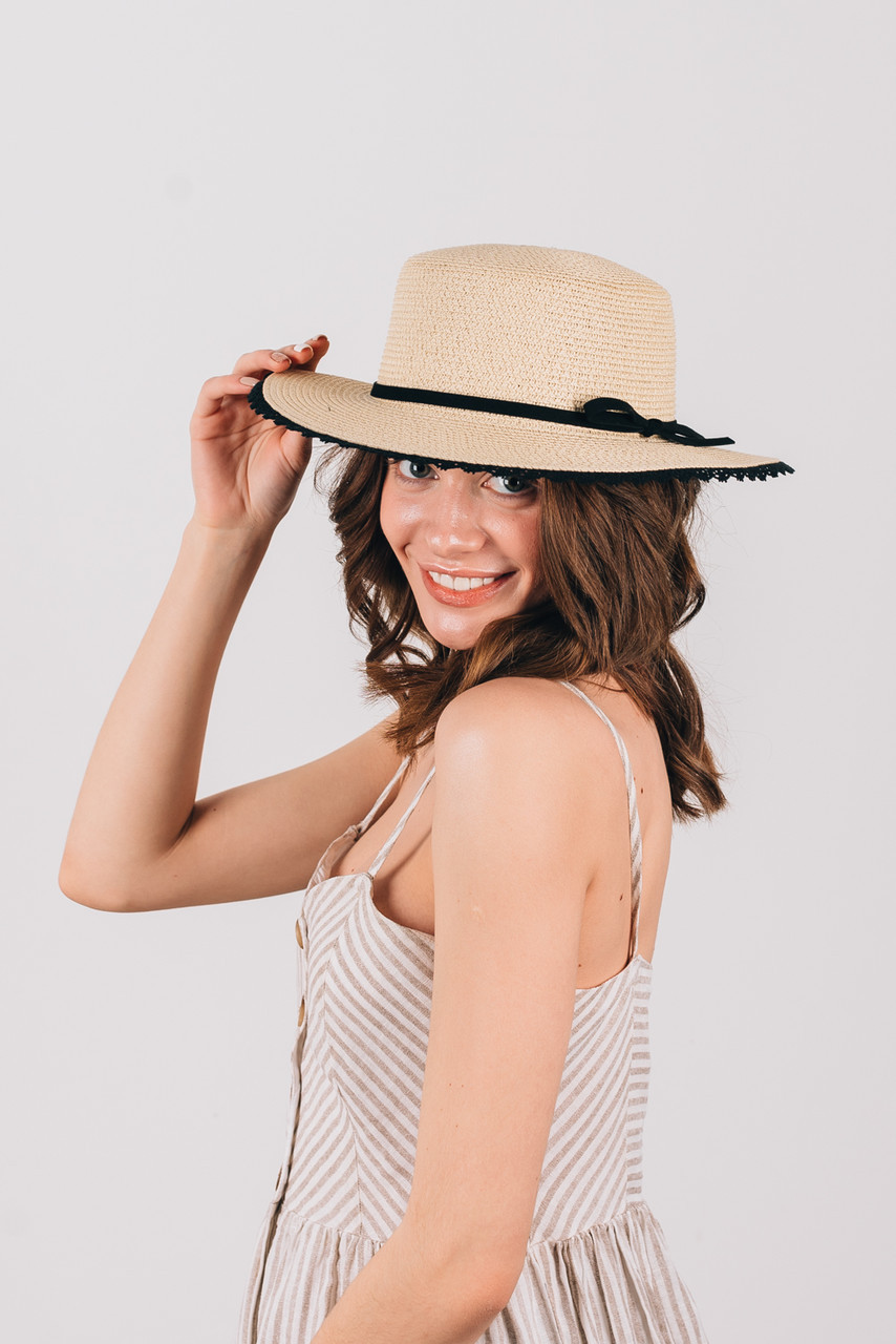 Шляпка канотье Трини бежевая