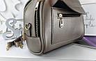 Женская сумка светло-бронзового цвета с фурнитурой золотистого цвета, из искусственной кожи, фото 6