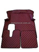 Автомобильные ковры из эко-кожи MAN TGX АКП бордо в кабину