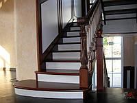 Изготовление и установка маршевых лестниц с резными элементами любой сложности и конфигурации из твёрдых пород