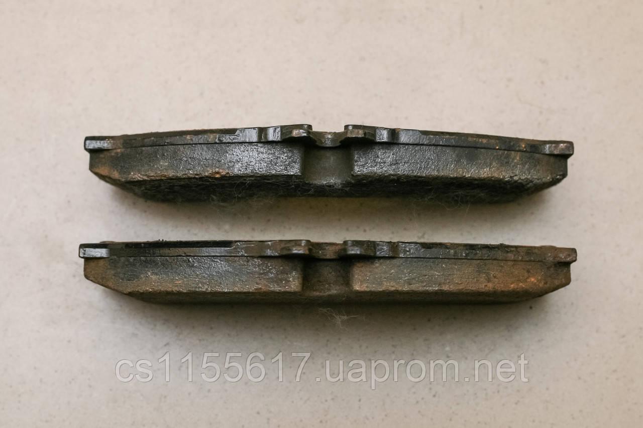 Тормозные колодки на Mercedes Sprinter VW Volkswagen LT28-46 FERODO FVR1879